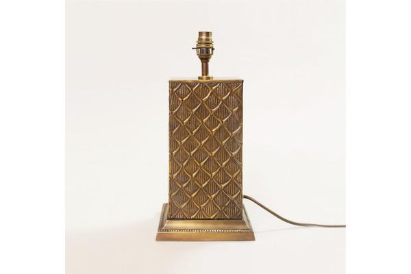 medium_brass-tropical-bamboo-table-lamp