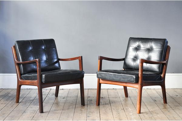 medium_pair-of-ole-wanscher-s-rosewood-senator-model-116-chairs