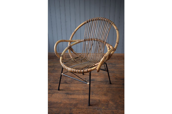 medium_xl-vintage-satellite-circle-bamboo-cane-wicker-rattan-tub-chair-mid-century-64f99da6-fe54-47db-be3d-1679cf3b0b35