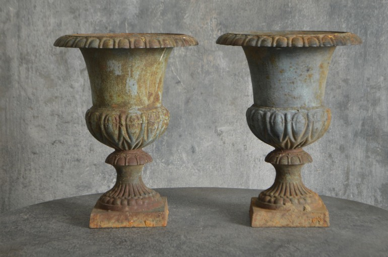 pair-of-french-urns