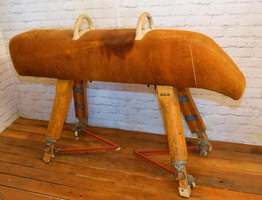 pommel-horse-school-vintage-gym-equipment-retro-industrial-wooden-restaurant-mancave-1950s