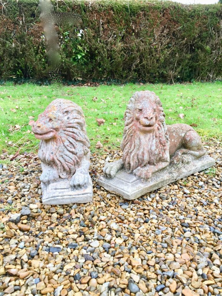 vintage-statuary-lions-pair