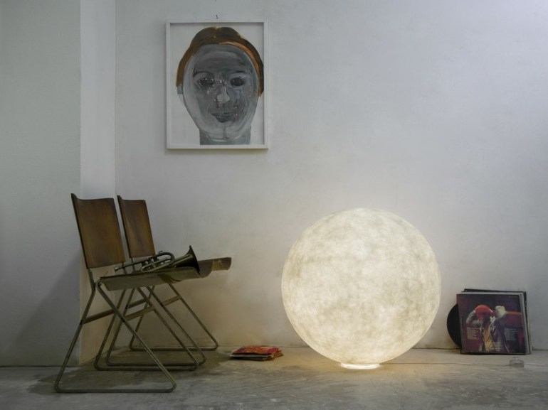 floor-moon-nebulite-floor-lamp-b6795d15-826e-4b3c-a21b-2da381f23bbd copy