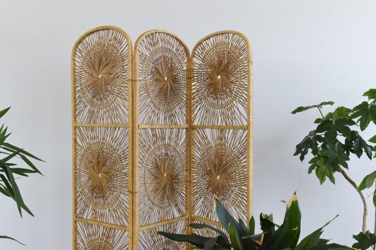 vintage-cane-wicker-three-panel-screen-room-divider