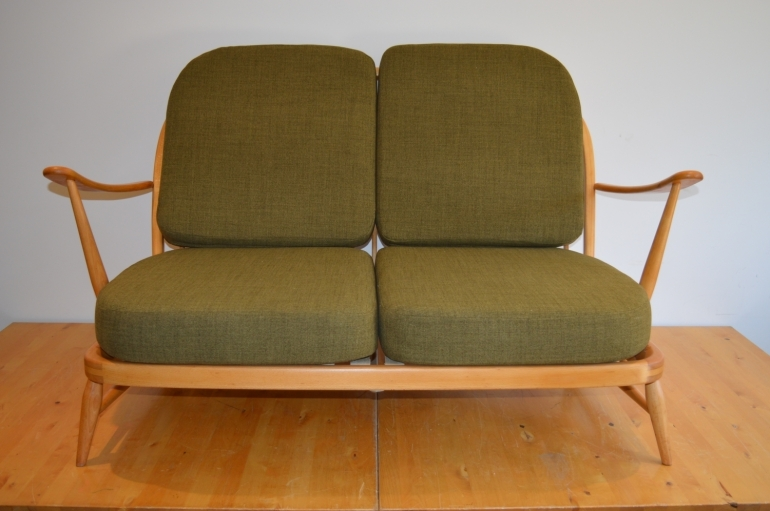 vintage-ercol-windsor-203-2-seat-sofa-in-soft-green-1960s