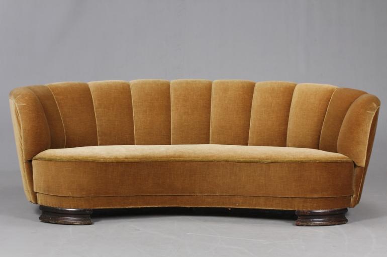 large_danish-banana-sofa-1940-50-s-9317b334-b80e-4fb2-95d7-75d2d4943006