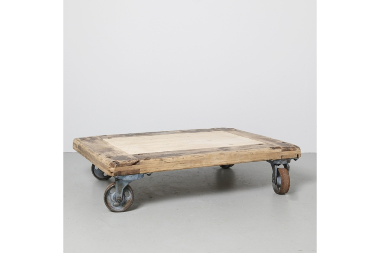 large_industrial-coffee-table-wheels