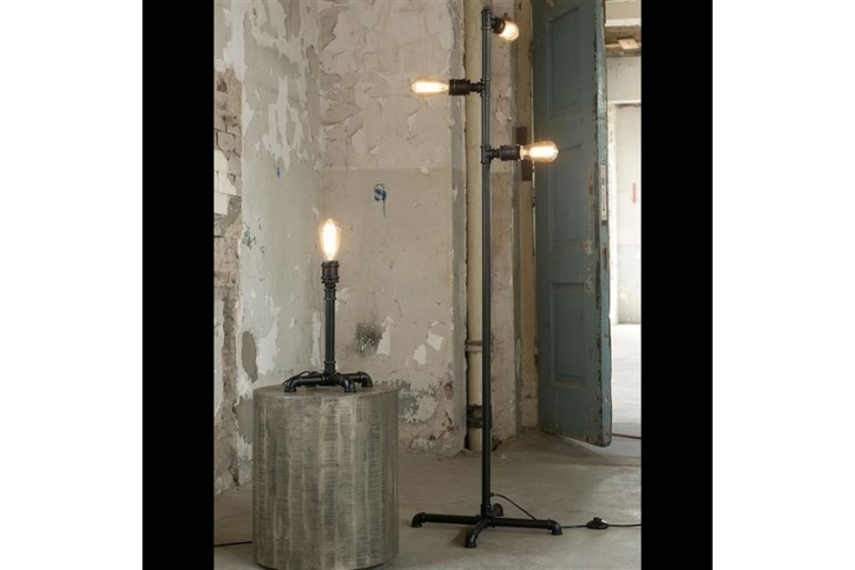 large_tall-industrial-pipe-floor-lamp-united-kingdom-of-great-britain-and-northern-ireland