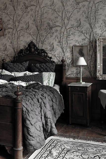 How to Get the Gothic Style - Vinterior Blog
