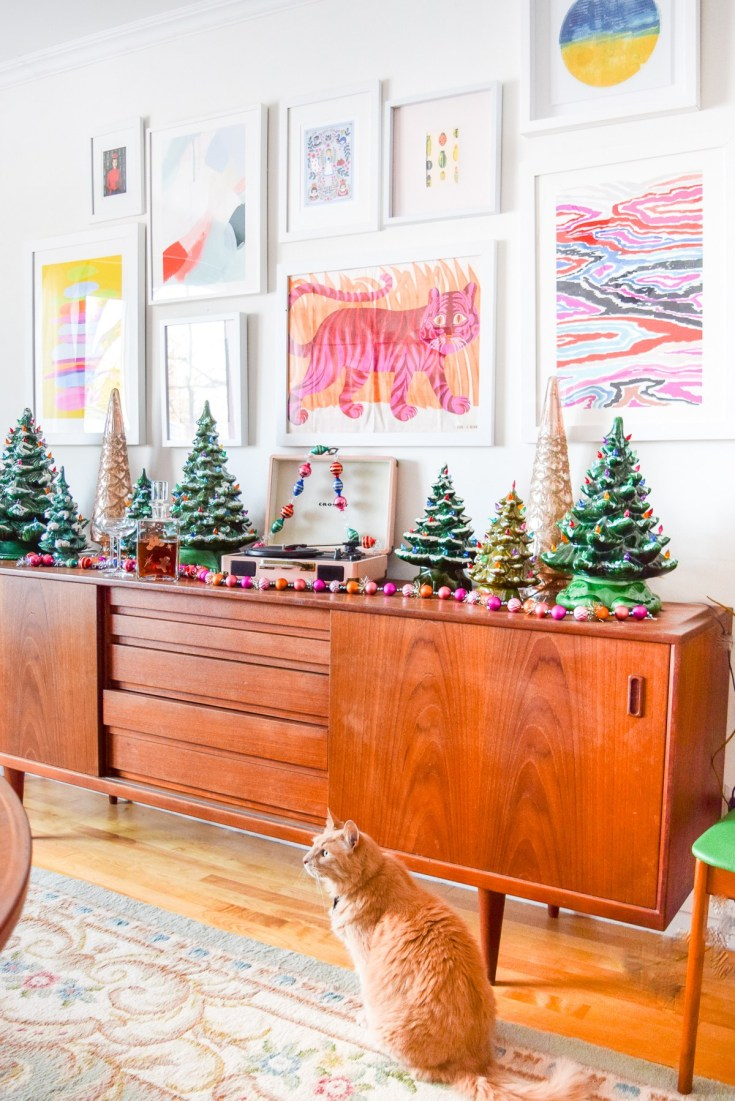 A Maximalist Christmas Decorating Ideas - Vinterior Blog