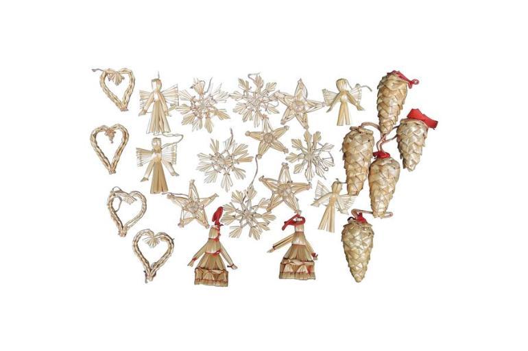 A Maximalist Christmas Decorating Ideas - Vinterior Blog