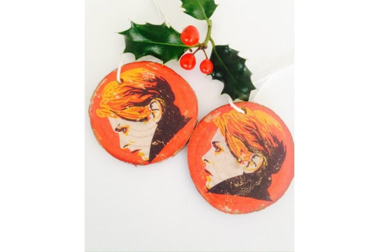 large_david-bowie-handmade-wooden-nordic-christmas-ornament-original-print-transferred-onto-wood-rare-75b4ed83-ea14-4ceb-997b-704f2256f665
